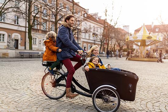 E-Lastenrad, Familie mit Kindern